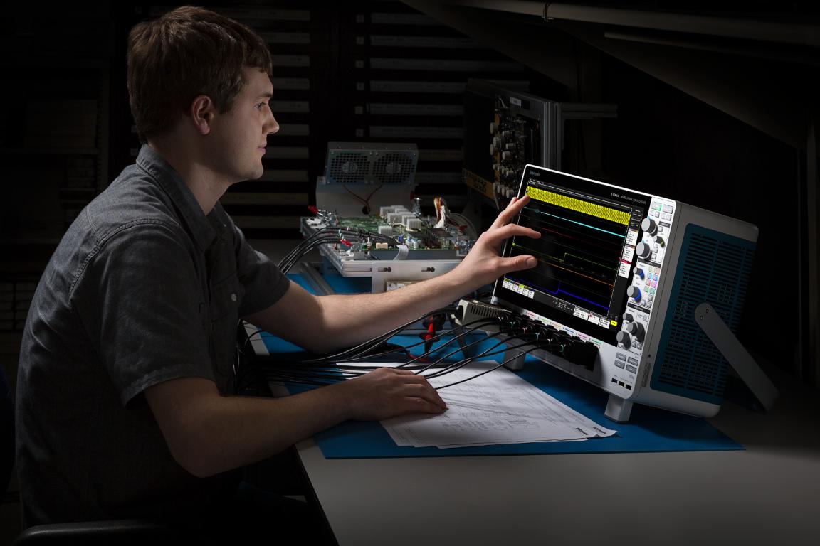 Tektronix 5 Series MSO Oscilloscope