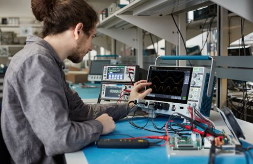 Tektronix 3 Series MDO and 4 Series MSO Promotion