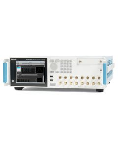 Tektronix AWG5204 Arbitrary Waveform Generator